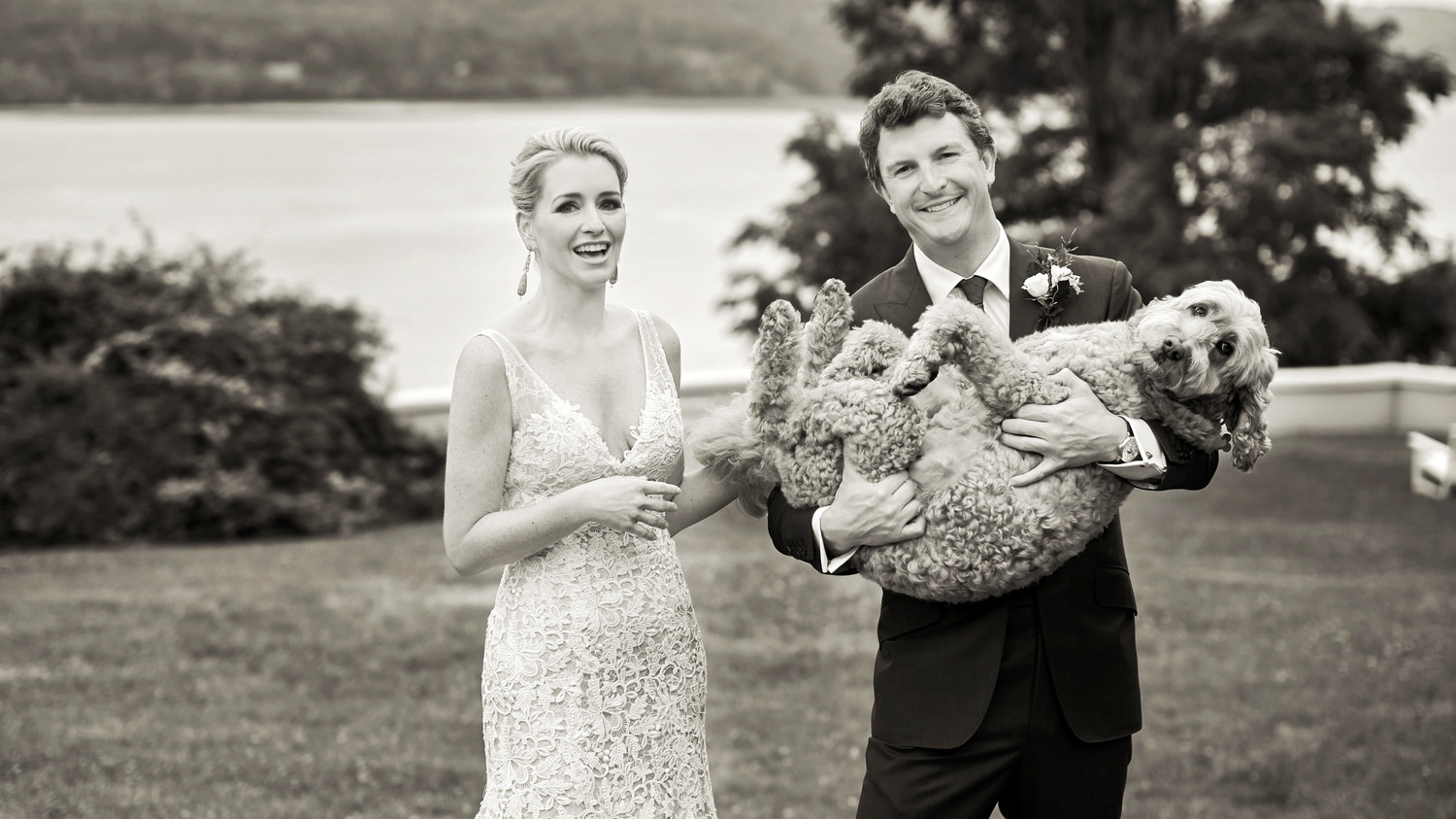Here\'s How to Keep Your Dog Happy at Your Wedding | Martha Stewart ...