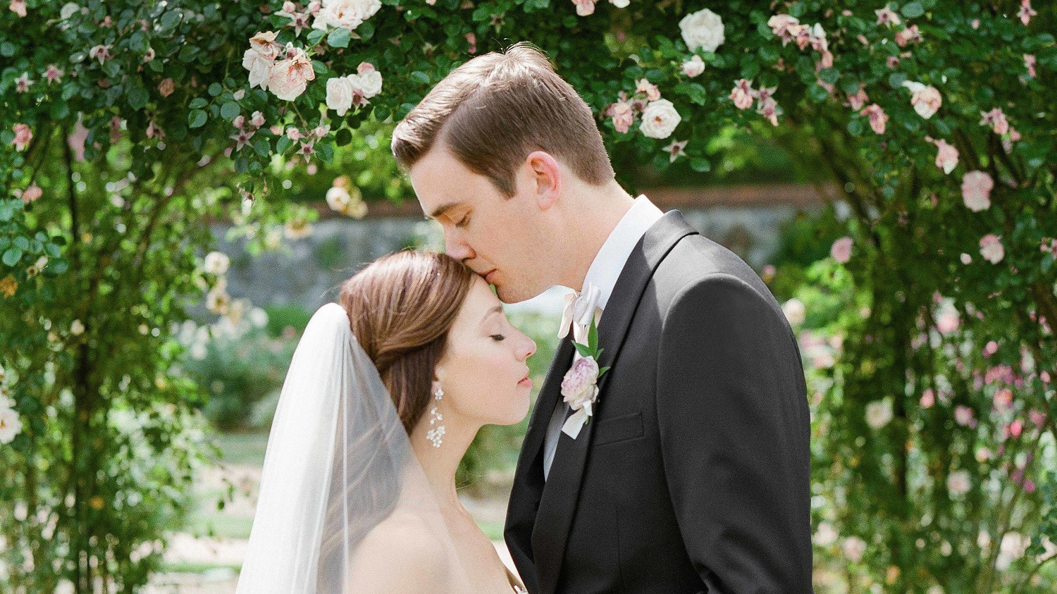 Martha Stewart Weddings: Wedding Budget Planner: How To Budget For Your Big Day
