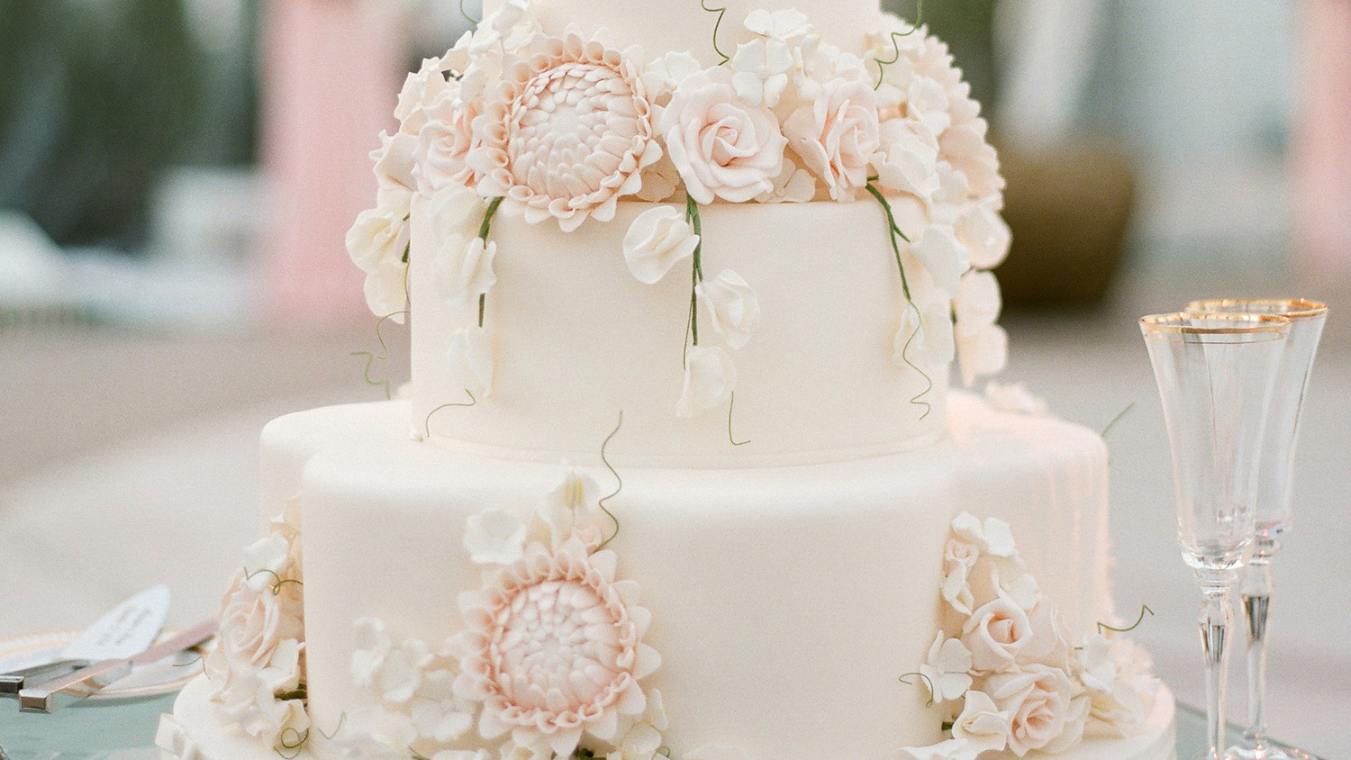 wedding cake toppers vancouver 7 delicious vegan wedding cakes martha stewart weddings 26620