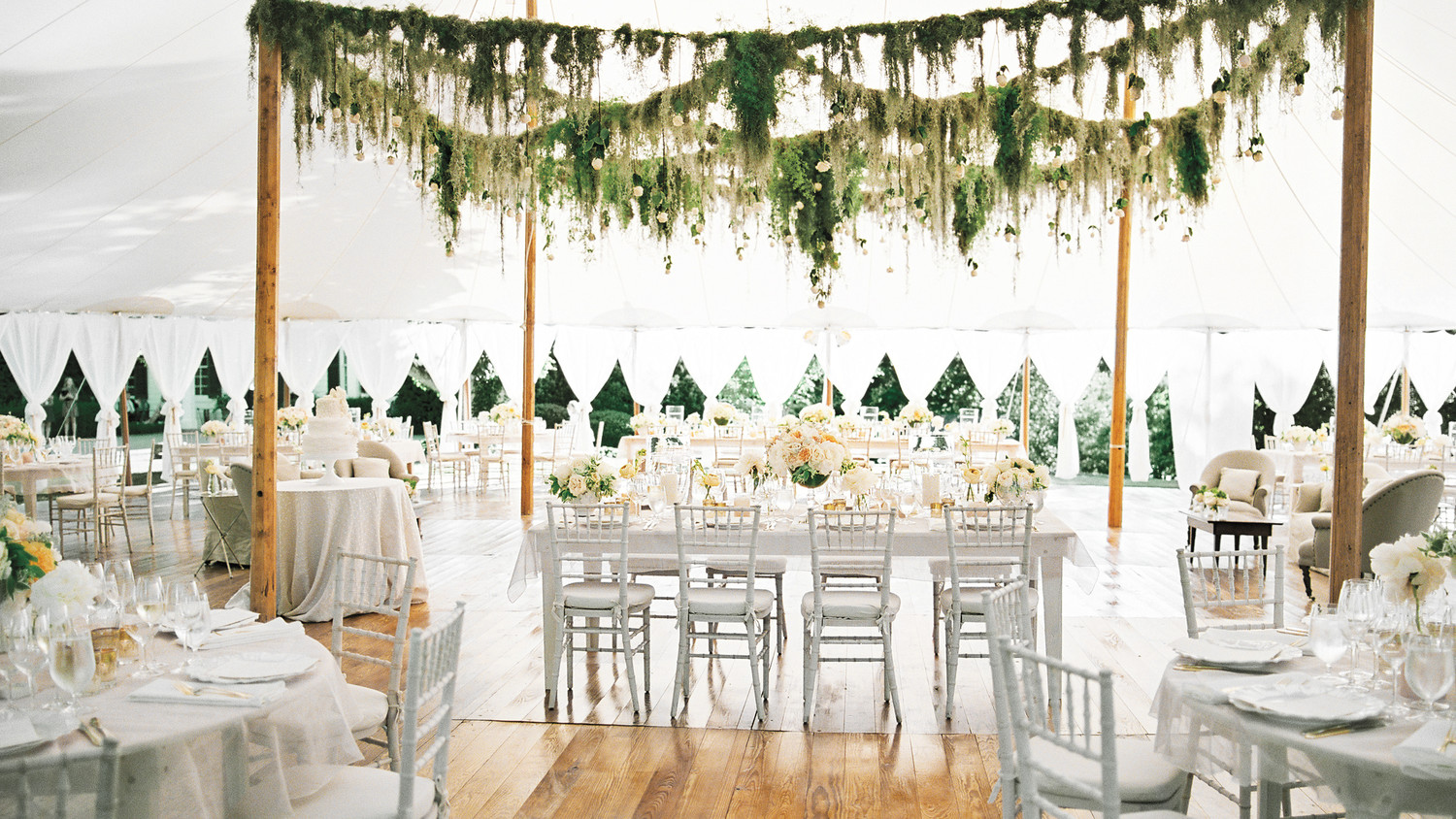 Head Table Wedding Decor With Garlands