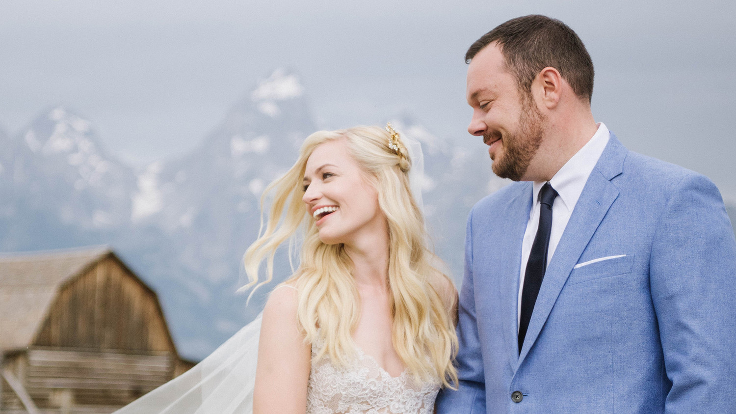 Beth Behrs and Michael Gladis Are Married! See Their ...