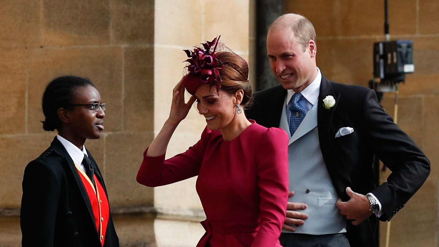 See Prince William and Kate Middleton Arrive at Princess Eugenie\'s ...