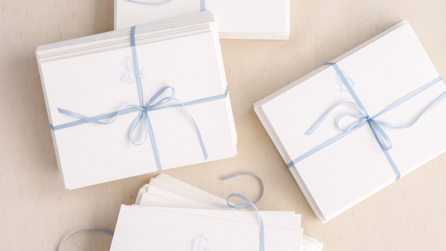 Opening Wedding Gifts: Do You Have To Open Gifts At Your Bridal Shower?