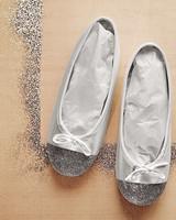 mw105260_0110_shoes.jpg