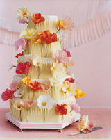 11 DIY Wedding Cake Ideas That Will Transform Your Tiers | Martha ...