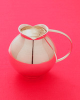 round-pitcher-wd107851.jpg