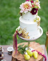 white floral cake gold leaf