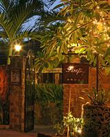 mwd_0111_resort_firefly.jpg