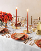 warm-table-039-mwd109608.jpg