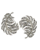 wd104606_spr09_jewelry29.jpg
