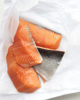mbd104955_0909_salmon_raw.jpg