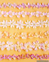 a99938_spr03_flowergarland.jpg
