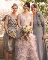 bride-family-0811mwd107282.jpg
