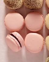 pink-macaroons-101-ld110756.jpg