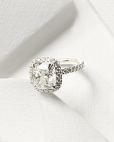 harry-winston-ring-mwd110049.jpg