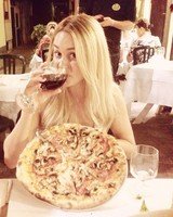 Lauren Conrad on Honeymoon in Italy