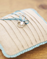 msw_18spr10_ring_pillow_0828.jpg