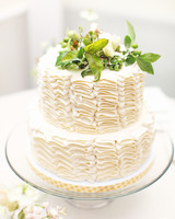 sarah-evan-wedding-cake-0514.jpg