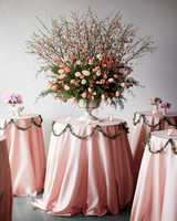 table-arrangements-mwd107369.jpg