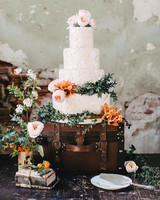 25 Wedding Cake Design Ideas That\'ll Wow Your Guests | Martha ...