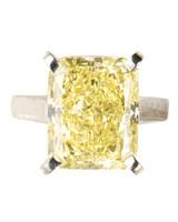 msw_sum10_yellow_ring_cartier.jpg