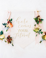 banner decor calligraphed aisle flowers