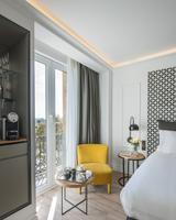 serras hotel