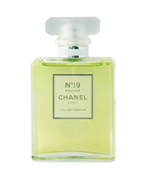 chanel-19-perfume-0811mwd107539.jpg