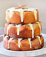 cinnamon-roll-wedding-cake-1015.jpg