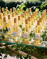 family owned vineyard custom made dessert wine wedding favors