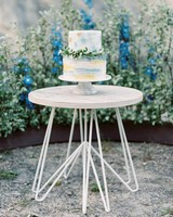 blue white wedding cake