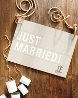just-married-sign-033-mwd109926.jpg