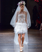 naeem-khan-fall2016-d112626-009.jpg