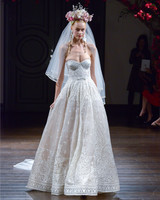 naeem-khan-fall2016-d112626-017.jpg
