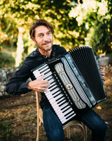 thomas jared wedding music accordion player