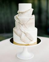 animal print wedding ideas snakeskin wedding cake