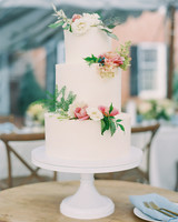 molasses cream cheese wedding cake with roses