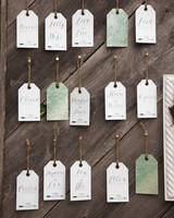 escort-cards-wall-3-2582-d111381.jpg