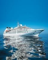 honeymoon-cruieses-windstar-0416.jpg