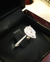 kaley cuoco engagement ring