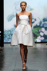 monique-fall2012-wd108109_002-df.jpg