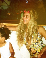 beyonce-flower-crown-website-0616.jpg