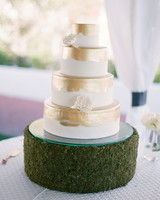 jennifer-adrien-wedding-cake-0614.jpg