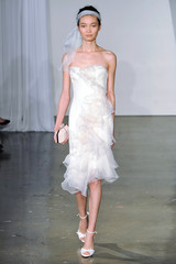 marchesa-fall2013-wd108745-003-df.jpg