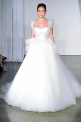 marchesa-fall2013-wd108745-007-df.jpg