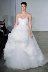 marchesa-fall2013-wd108745-019-df.jpg