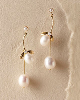 pearl wedding earrings theia