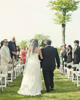 real-weddings-abby-julian-0711-283.jpg