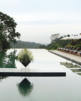 travel-alilaubud-pool-2-mwds110763.jpg