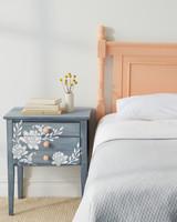 crafts-vintage-bedroom-0325-d112496.jpg